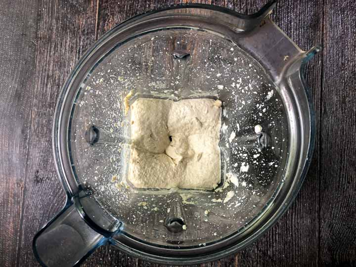 low carb cashew cream cheese in a blender
