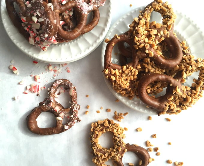 these easy chocolate covered pretzels make a great homemade christmas gift everyone loves chocolate covered - Christmas Chocolate Covered Pretzels