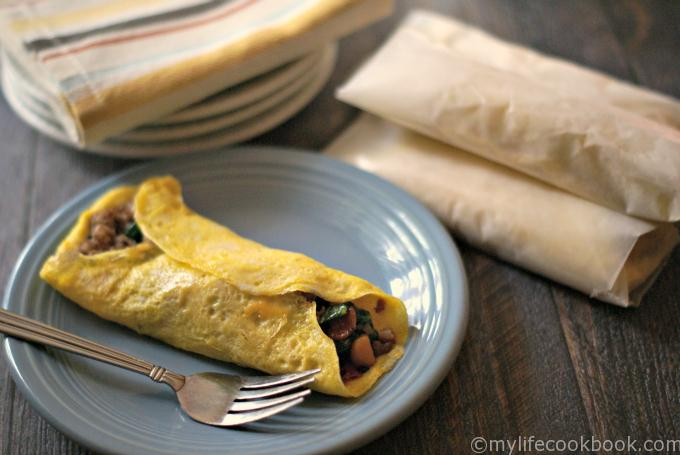 Make these freezable low carb breakfast burritos in minutes for a delicious and quick low carb breakfast. Each breakfast burrito only has 2.3g net carbs!