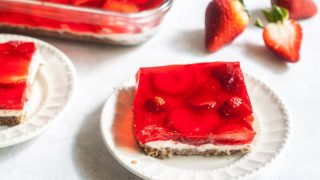 Low Carb Strawberry Pretzel-less Dessert