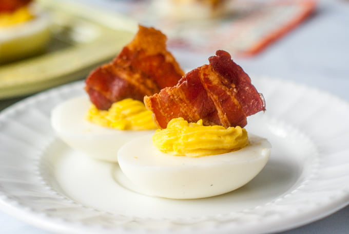 Try this delicious low carb appetizer of bbq bacon cheddar deviled eggs! A fun and tasty finger food that's super easy to make. Only 0.7g net carbs per serving.