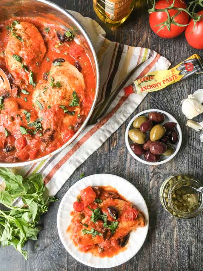 Looking for a zesty low carb chicken dinner? Look no further because this low carb chicken puttanesca skillet dinner is full of flavor and a cinch to make for any weeknight meal.