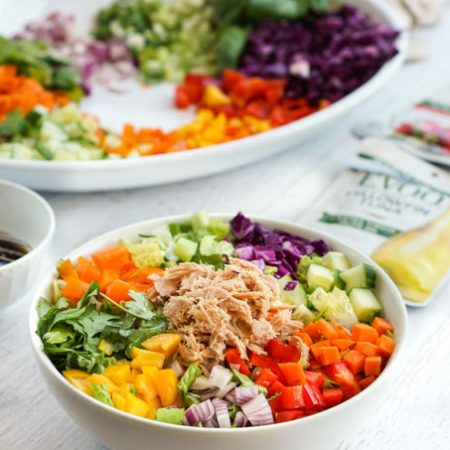 If you are looking for a quick and tasty summer dinner, try this low carb tuna spring roll salad. It just takes a few minutest to make and it's full ofcolor and flavor!