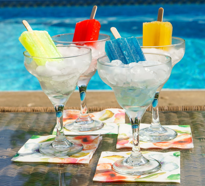 These low carb boozy pops are a fun way to celebrate this summer. Take some of your favorite cocktails and cool off with a low carb pop instead of drink. Can be made without alcohol too! #AToraniVacation