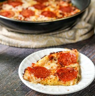 If you ever had spaghetti pizza, you will love this low carb version. Skillet spaghetti squash pepperoni pizza is a low carb and gluten free answer to your pasta and pizza cravings. The recipe makes 8 big servings as only 4.4g net carbs!