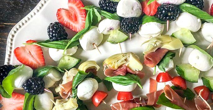 Easy Caprese Kebabs – healthy low carb appetizers for summer!