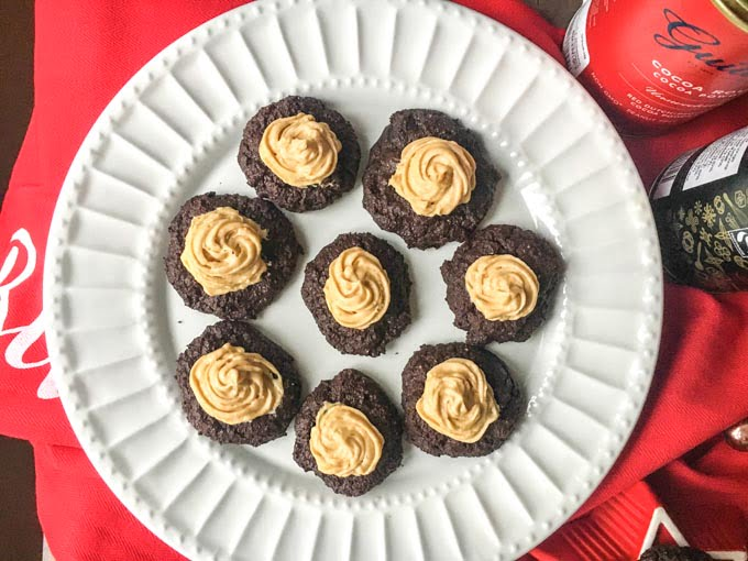 These low carb chocolate peanut butter cookies make for a delicious low carb dessert or treat for the holidays. Each cookies has only 1.2g net carbs!