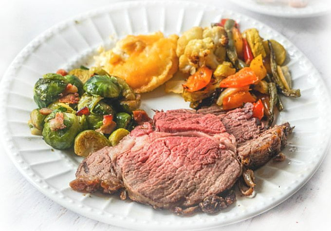 Easy Low Carb Christmas Dinner With Rib Roast Sides