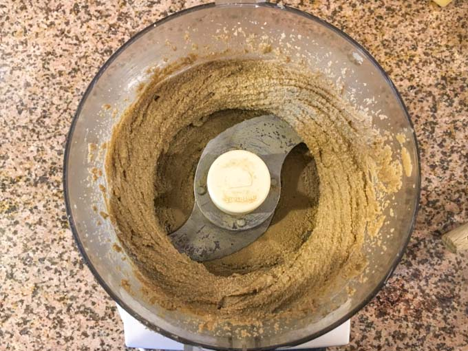 Food processor with ground sunflower seeds
