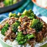 closeup up of a low carb bowl of ground beef & broccoli with text overlay