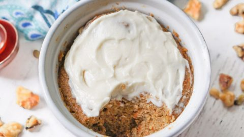 Healthy Mug Cake Made in Microwave – low carb carrot cake flavored!