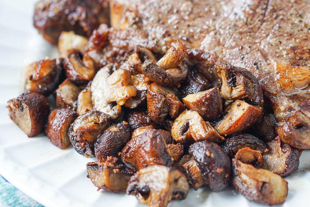 closeup of air fried garlic mushrooms