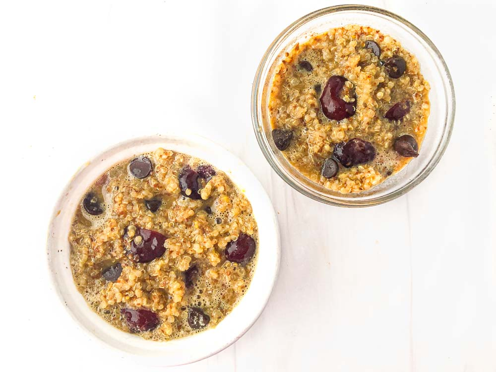 2 bowls of hot cereal mixture ready to bake