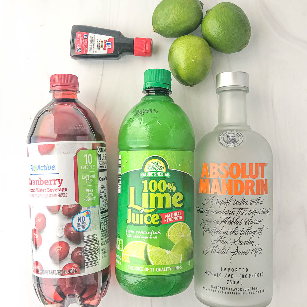 cosmopolitan ingredients: Absolut mandarin vodka, lime juices, limes, orange extract and sugar free cranberry drink