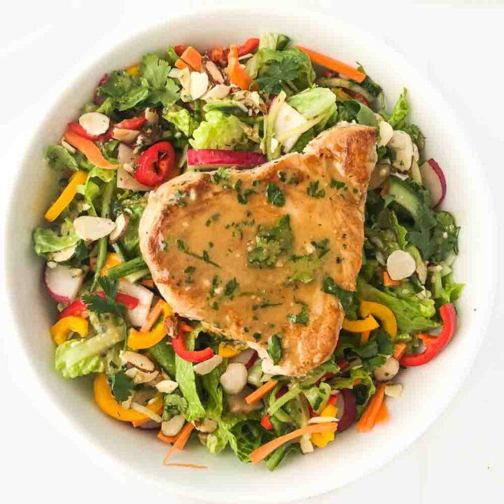 Keto Sesame Ginger Dressing & Tuna Steak Salad